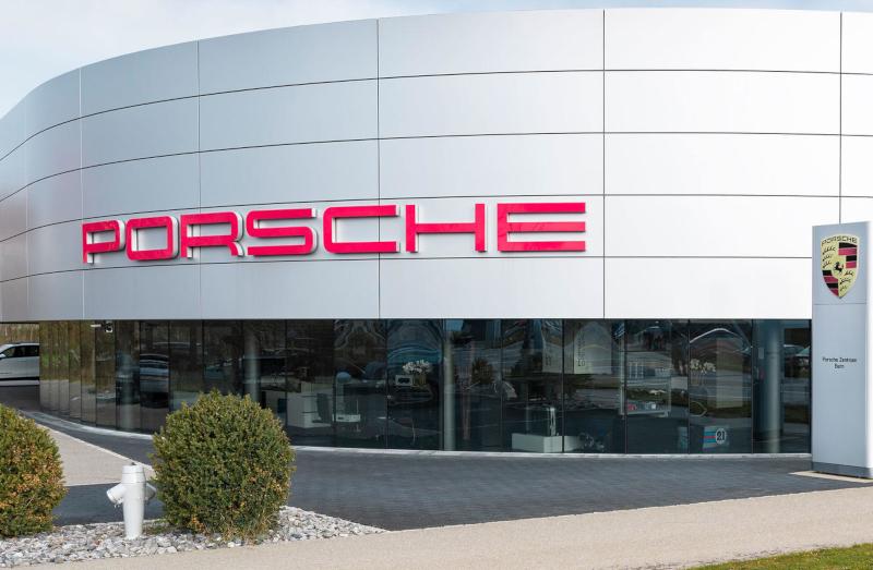 Optimierte Werkstattarbeitsplätze Porsche Zentrum Bern